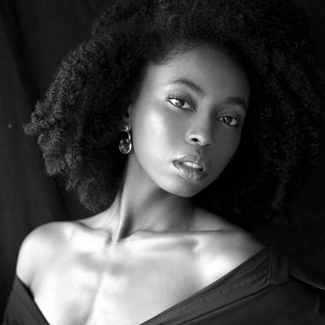 🔳🔲  @anger_models  #model #dancer #choreographer #afro #warsaw #warsawgirl #image #photography #naturalhair #blackgirlmagic