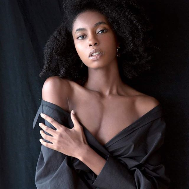 🖤🤎 @anger_models  #model #dancer #choreographer #afro #warsaw #warsawgirl #image #photography #naturalhair #blackgirlmagic
