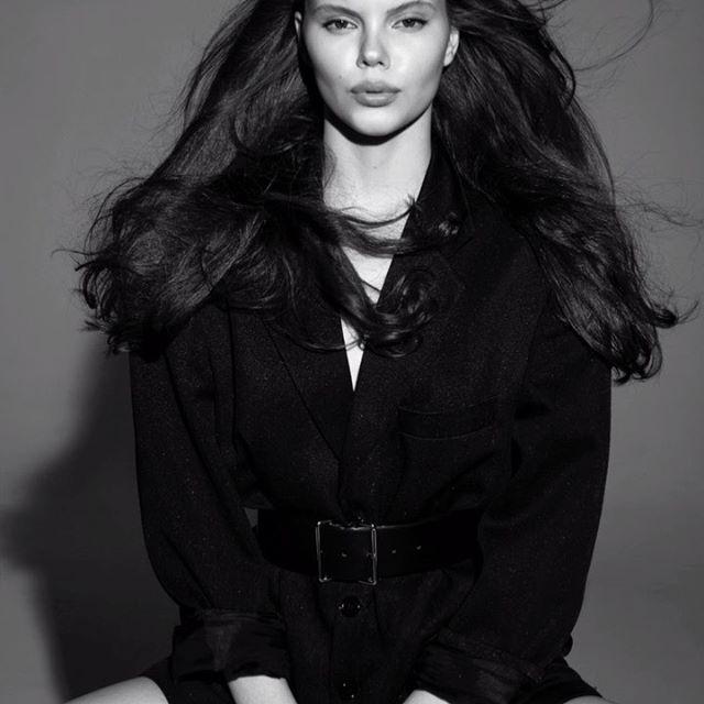 So hot...✨ Model Agency: @anger_models ❤️🔥 Photographer: @azia_be 💖✨