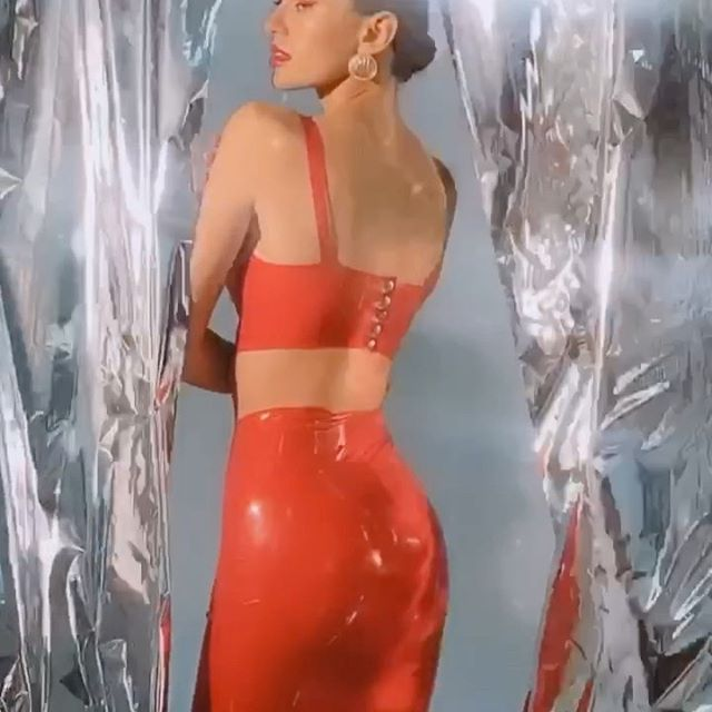 Как же было классно в воскресенье ✨😀🔥 @tim.britnev @baklanova_style @bazhenamua8 @alenushka_makeup Music : Miley Cyrus - Midnight Sky 🌌