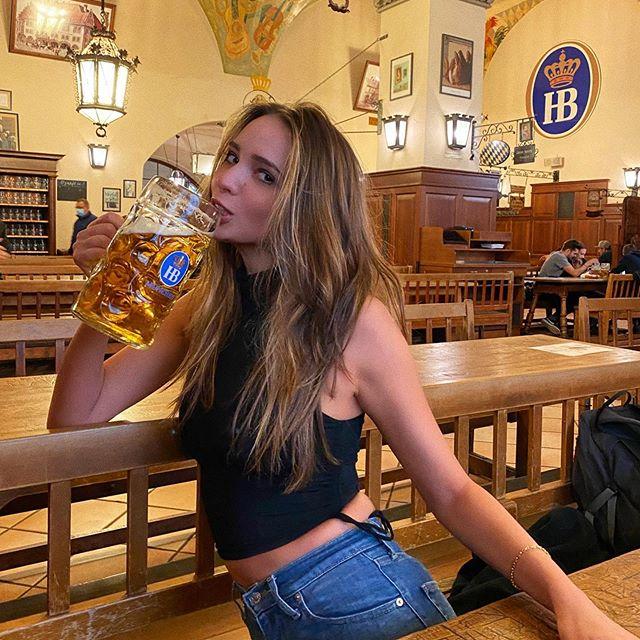 Beers up 🍻