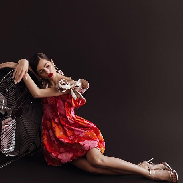 ¿hablas español?❤️ . . . . . . . #fashionaesthetic #fyh #classyoutfit #fallstyles #stylegrams #portswm #igstyles #comfyoutfit #weekendwear
