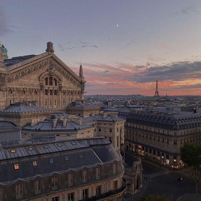 Мой любимый город 💘 скучаю по работе в нем. Paris